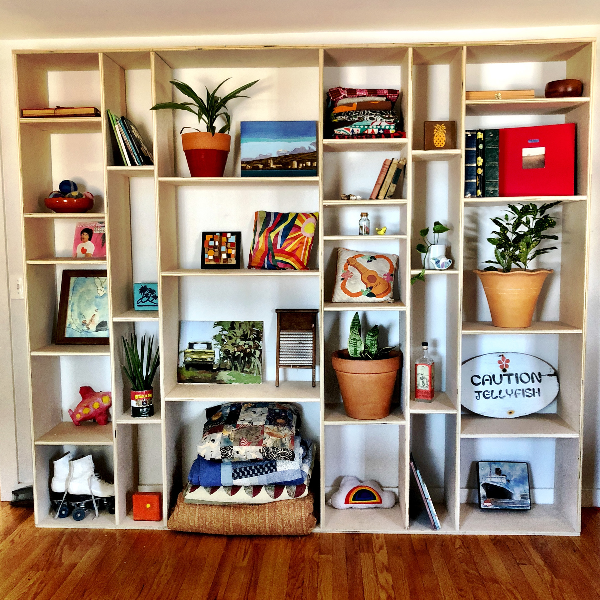 the mammoth * customizable wall unit