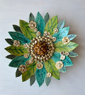 Ceramic flowery bowl