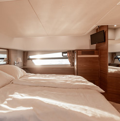 Copy of Greenline_45_Fly_MasterCabin_1.j