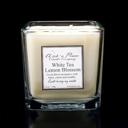 WHITE TEA LEMON BLOSSOM: Fresh floral aromatics with linen, citrus and vanilla.