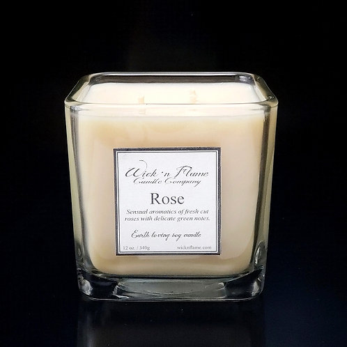 ROSE:Sensual aromatics of fresh cut roses with delicate green notes.