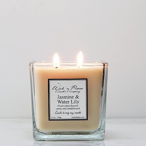 JASMINE & WATER LILY: Fresh white flowers, citrus and sandalwood.