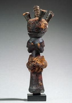 Statue Kusu.jpg