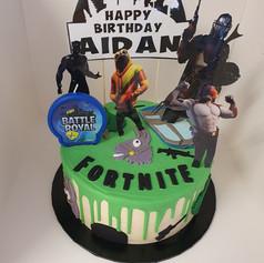 Fortnite Surprise Chocolate Cake