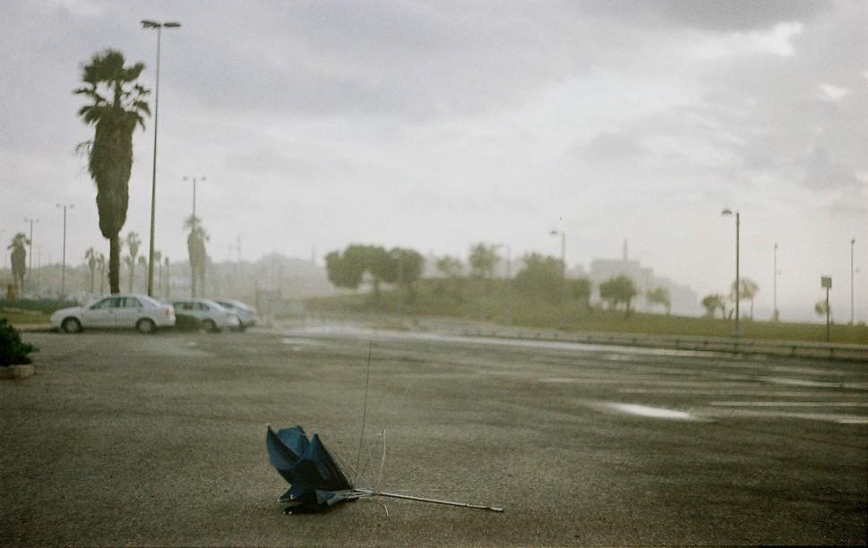 1umbrella broken winter.JPG