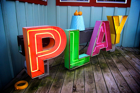 Play Colorful Letters
