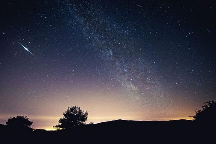space197-shooting-star_53845_600x450_0.jpg