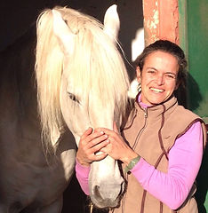 Matilde Duch dentista equina veterinaria