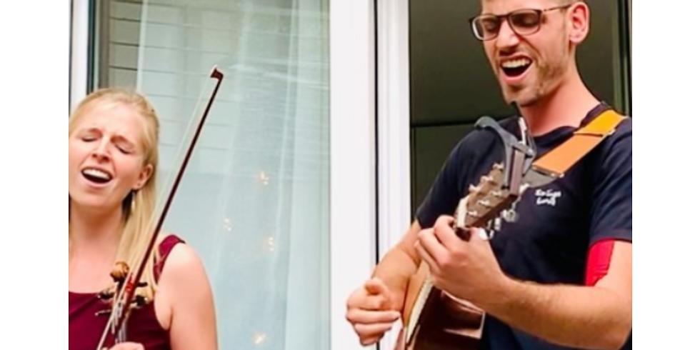Akustik Live Konzert von Leonie und Lukas