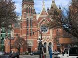 发现超过160座无名墓,维多利亚教区致歉