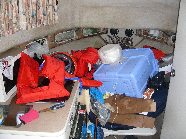 Cabin clutter