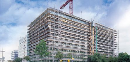 Facade-scaffolding