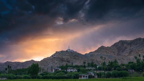 Drama on Stupa