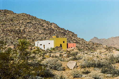 HOUSE IN THE DESERT - JOSHUA TREE