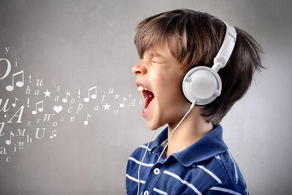 kid singing.jpg