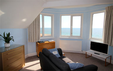 Eastbourne-Seafront-Accommodation-Apartment-5