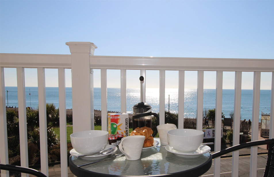Eastbourne-Guesthouse-Apartment-3-Breakfast