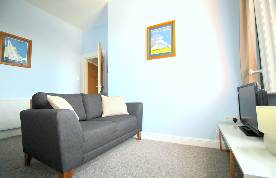 Eastbourne-Accommodation-Apartment-2-Living-Area