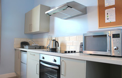 Eastbourne-Accommodation-Apartment-2-Kitchen