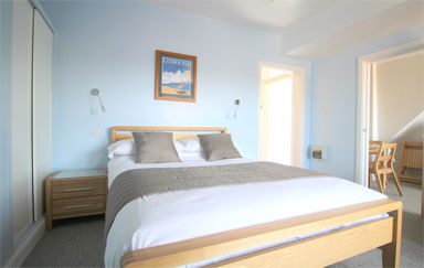 Eastbourne-Family-Accommodation-Apartment-4