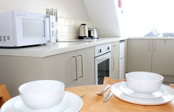 Eastbourne-Holiday-Lets-Apartment-4-Kitchen