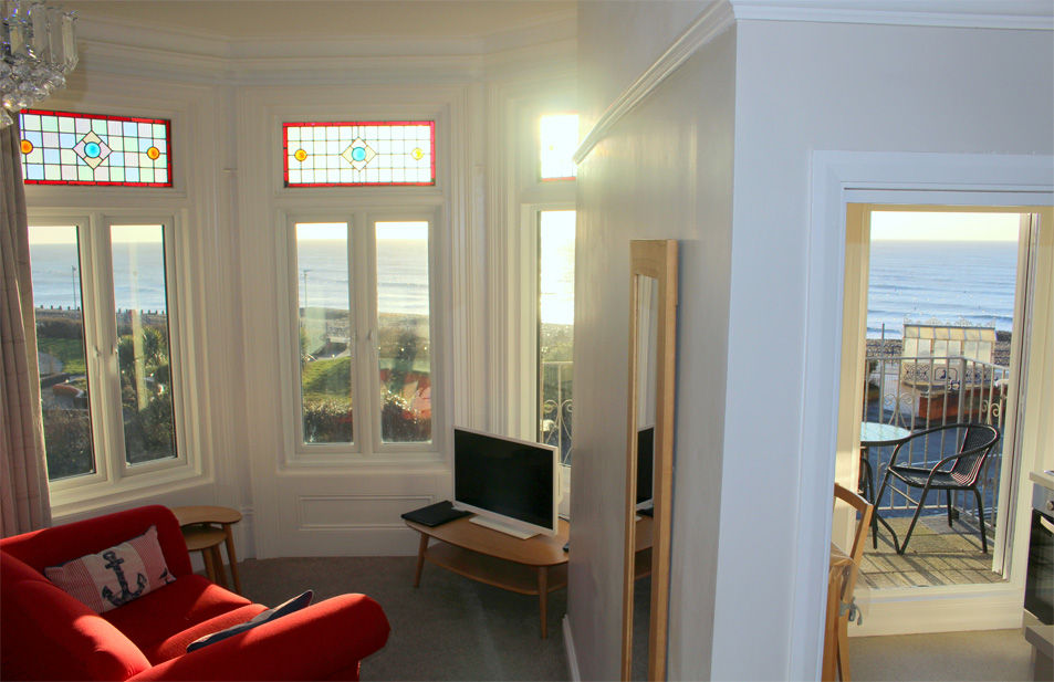 Eastbourne-Guesthouse-Apartment-3-Sea-View