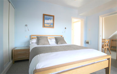 Eastbourne-Accommodation-Apartment-4