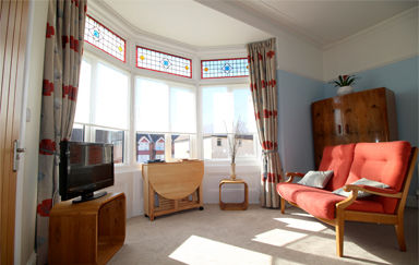 Eastbourne-Temporary-Accommodation-Apartment-1-Living-Room