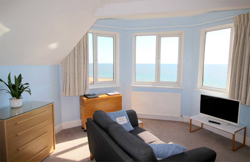Eastbourne-Holiday-Apartment-5-Living-Area