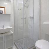 Apartment 5 Bathroom.jpg