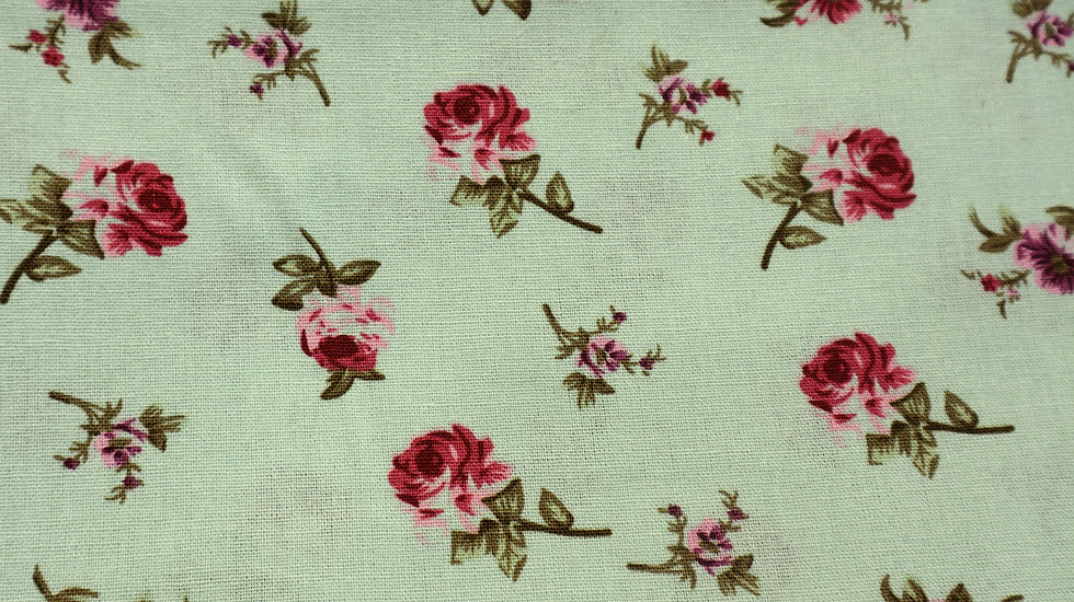 Minty roses