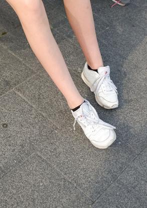 LEGS (17)