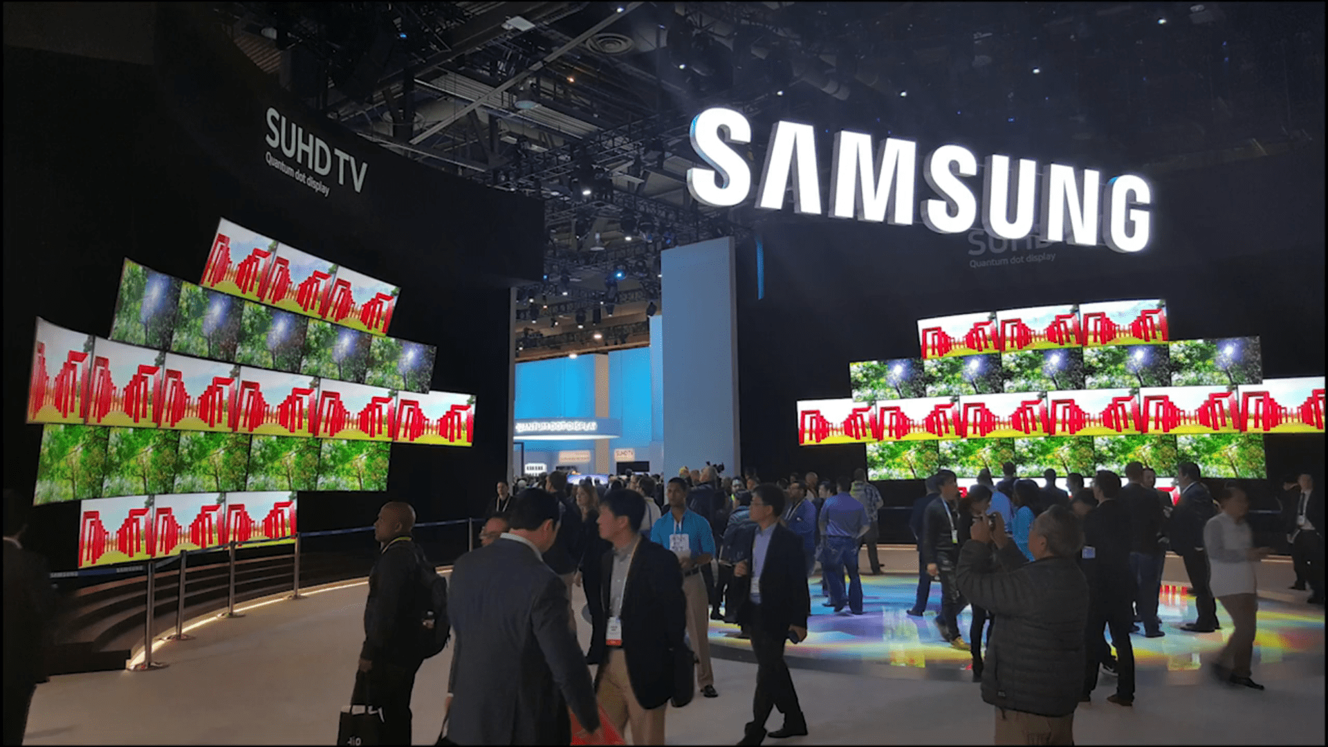Samsung-CES-2016-Timelapse-on-Vimeo.png