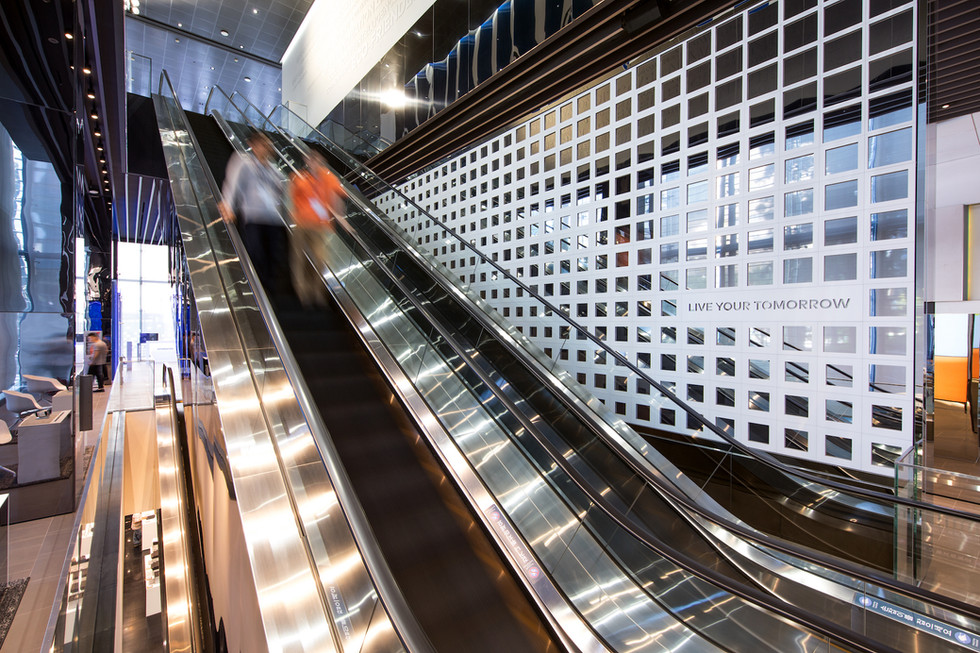 CQ4A7326_escalator3.jpg