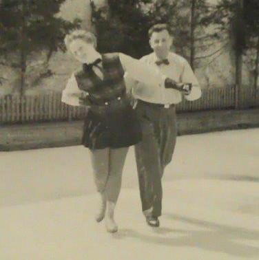 Enkelin von Felix Unsöld Brigitta Unsöld beim Eistanz