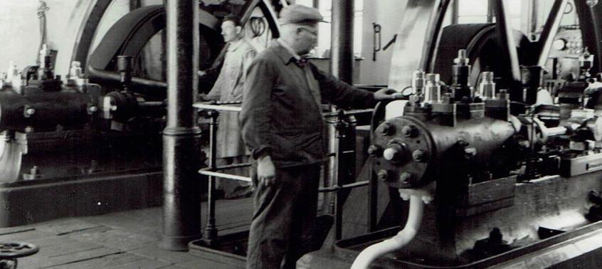 Maschinenraum der Eisfabrik um 1900