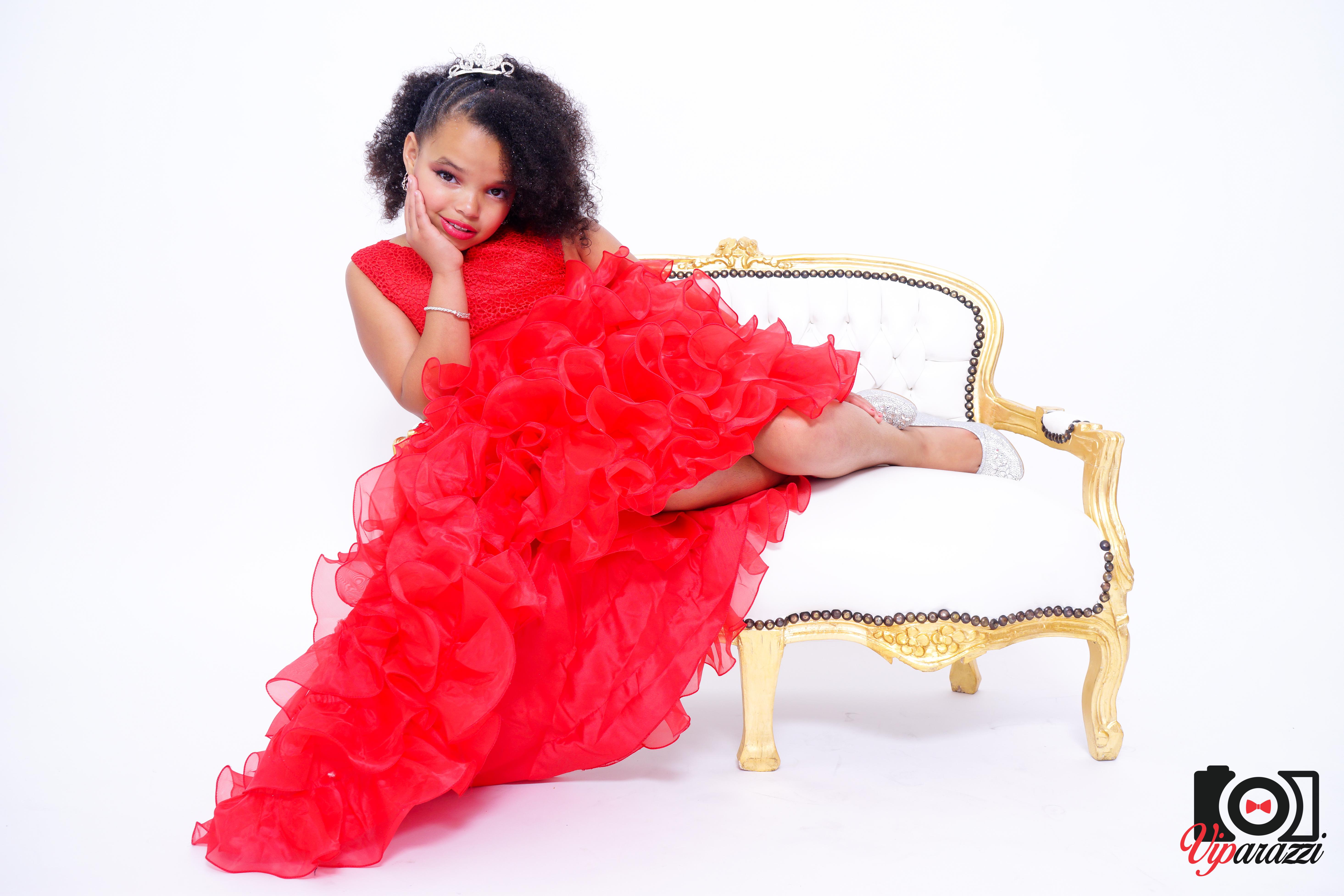 viparazzi -queen afro