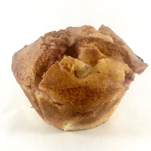 Strawberry and pear muffin