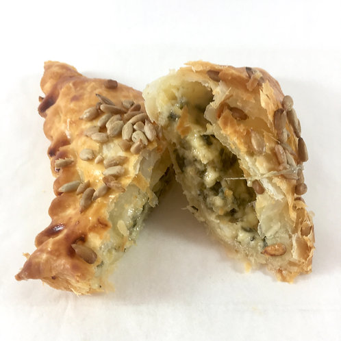 Spinach & fetta pastry triangle