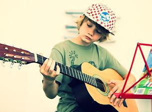 Gitarre_edited.jpg