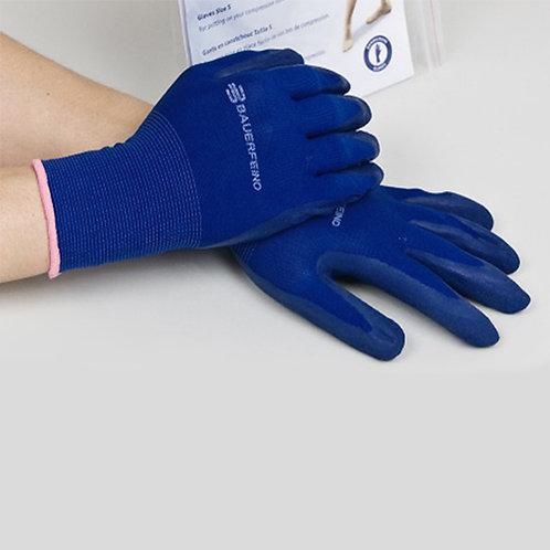 Gants en caoutchouc pour faciliter la mise en place des bas de contention