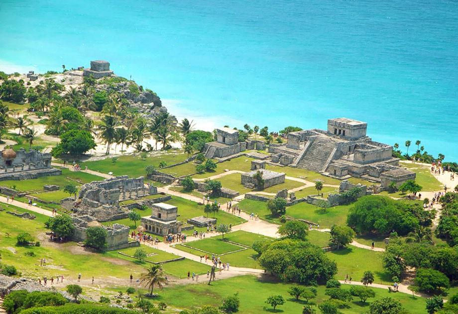 Tulum - Zona Arqueologica