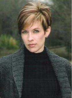 Bridget Guenthner- Artist