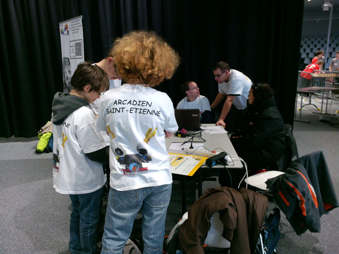 Tournoi national de robotique à Nevers