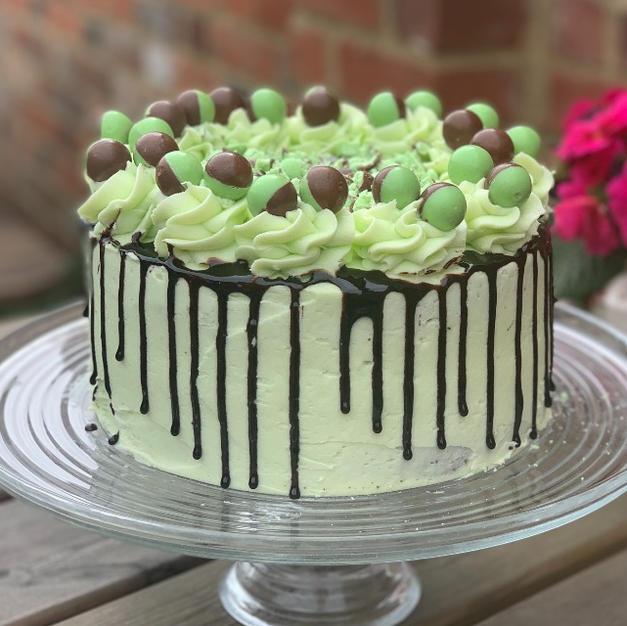 Mint Chocolate Aero Cake
