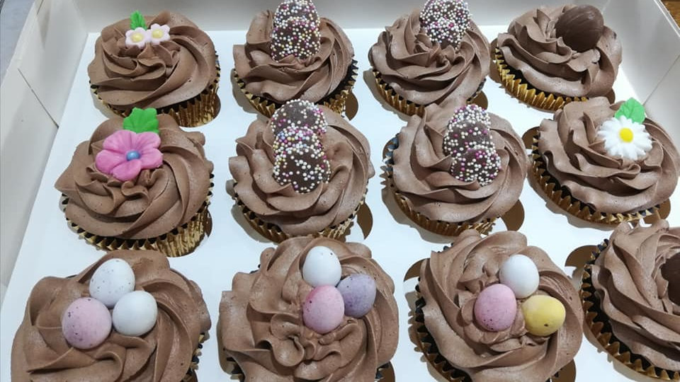 Chocolate Cupcake x 6