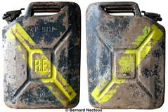 R.E. 20 litres essence