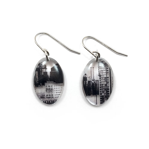 Small Oval City Earrings (W)