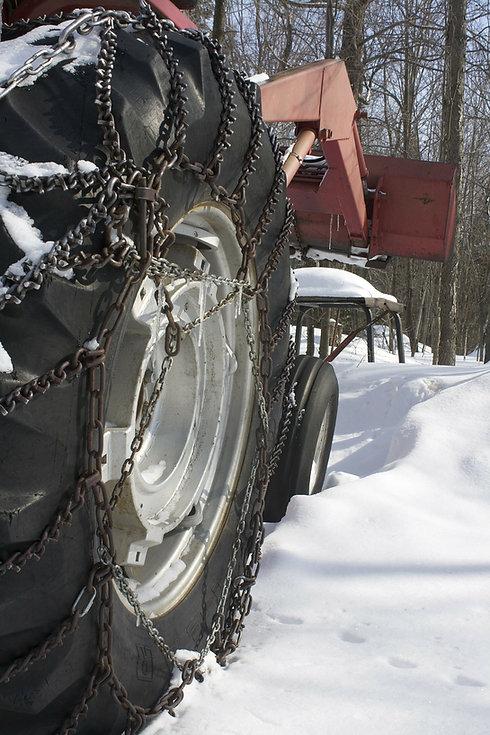 tractor-284923_1920.jpg