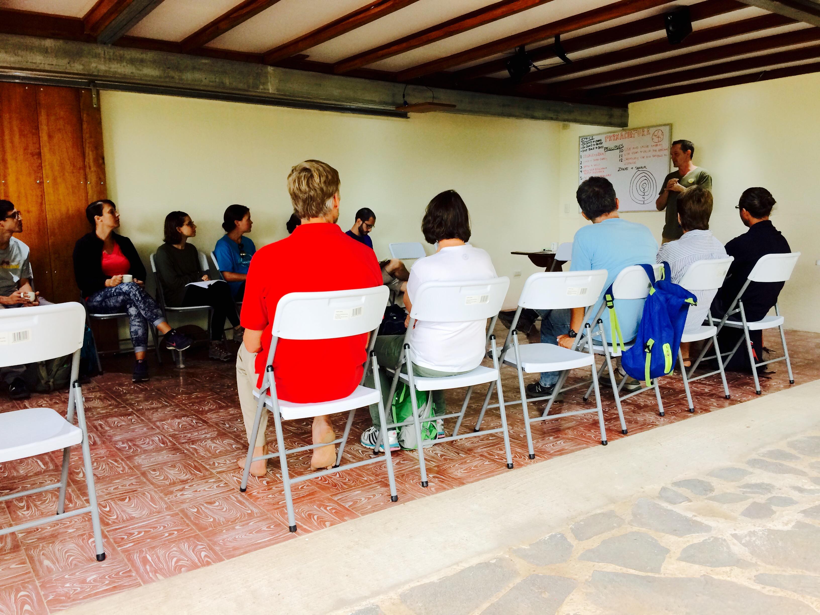 Seminario de la escuela de amigos Monteverde